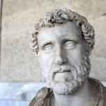Sculpture of Roman emperor Antoninus Pius — Stock Photo #14384877
