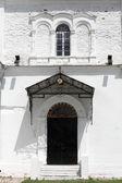 Door of church of the Nicholas Gostiny — Stock Photo