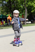 Child on roller skates — Stock Photo