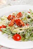 Verse salade met garnalen — Stockfoto