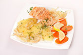 Salmon fillet with potatoes — Stock Photo