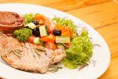 Pollo con verduras — Foto de Stock