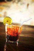 Cocktail no bar — Foto Stock