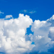 Clouds in the blue sky — Stock Photo #22089991