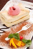 Puff pastry with ice cream — Stock Photo