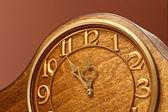 Antika ahşap saat — Stok fotoğraf