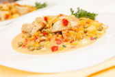 Chicken with vegetables — Stock Photo