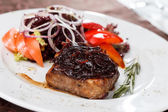 Beef steak with salad — Stock Photo