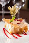 Berries with vanilla cream baked in dough — Стоковое фото