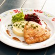 Chicken fillet with mashed potato and beetroot salad — Stock Photo