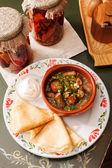 Panqueques con salsa — Foto de Stock