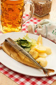 Mackerel with potatoes and beer — Stock Photo