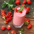 Berry smoothie — Foto de stock #38011945