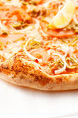 Smakelijke pizza — Stockfoto