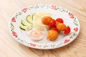 Chicken balls with mashed potatoes — ストック写真