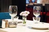 Set in restaurant — Stock Photo