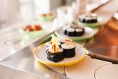 Lezzetli sushi — Stok fotoğraf