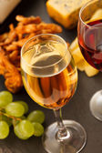 Víno a sýr — Stock fotografie