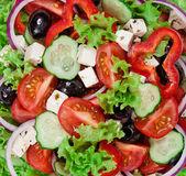 Greek vegetarian cuisine - fresh vegetable salad close-up — Stock Photo