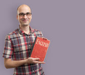 Man with book learning English — Foto de Stock
