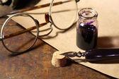 Kalamářů a pero — Stock fotografie