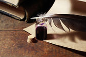 Inkpot And Quill Pen — Stock Photo