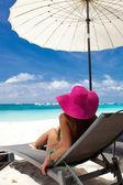 Tropical vacation, White beach — Stock Photo