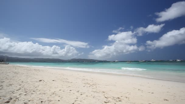 Playa de mar de color turquesa — Vídeo de stock