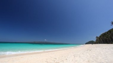 Turquoise sea beach — Stock Video