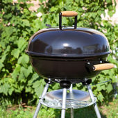 Kettle barbeque grill outside — Stock Photo