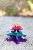 Rings on starfishes in tropic paradise. Wedding Vacation concept — Foto de Stock