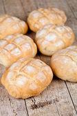 Seis pães cozidos frescos — Foto Stock