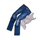 Blue jeans e camisa cinza — Fotografia Stock