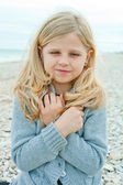 Girl at the autumn beach — Stock Photo