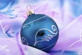Mörk blå päls-tree sfär — Stockfoto