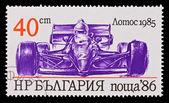 Bulgária - circa 1986: um selo impresso na Bulgária mostrando lotos carro vintage 1985, circa 1986 — Fotografia Stock