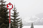 Red mountain-skiing route — Stock Photo