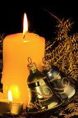 Velas de navidad oro — Foto de Stock