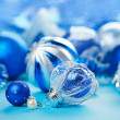 Christmas decoration balls on blue background, closeup — Stock fotografie