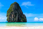 Pranang beach, Krabi, Thailand. Blue sky and clear azure water t — Stock Photo