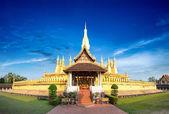 Golden pagoda wat Phra That Luang in Vient — Stock Photo