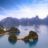 Halong bay Vietnam panoramic view — Stock Photo