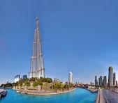 DUBAI, UAE - OCTOBER 23: Burj khalifa, the highest building in t — Stock Photo