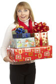 Mujer sosteniendo un regalo — Foto de Stock