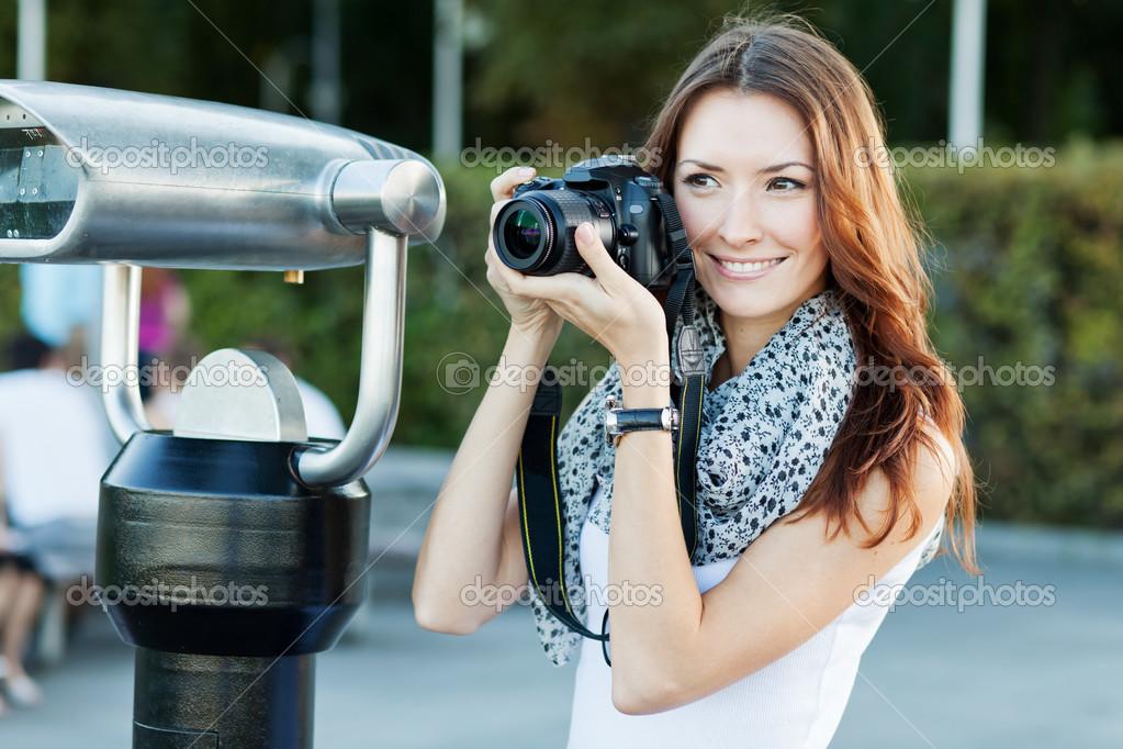 的年轻女人旅游