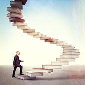 Hombre y libro escalera — Foto de Stock