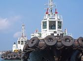 Two Tugboat with Large Tires — Stock Photo