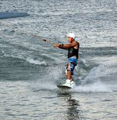 Wakeboard no lago de lótus — Foto Stock