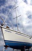 Sailboat on a Scaffold for Repair — Foto de Stock