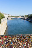 Padlocs, Seine, Paris. — Stock Photo